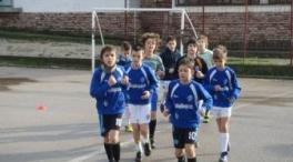 Besplatna škola fudbala